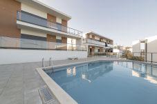 Piscina del apartamento de vacaciones para alquilar Bela Baía IIIen Salir do Porto Portugal